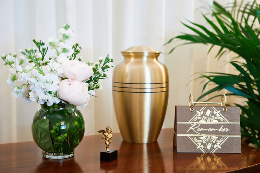 We have Urns to select from